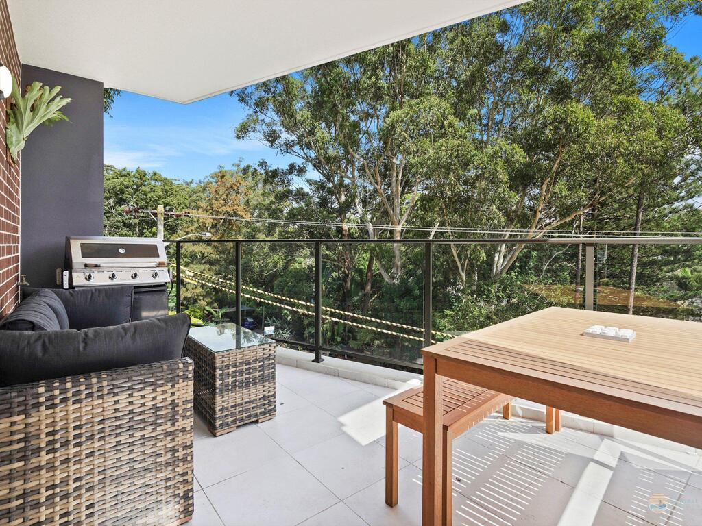 Avoca Beach Pad- 210/14-18 Cape Three Points Rd - Melbourne Tourism